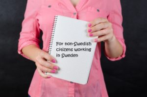 Note saying for non-swedish citizens working in Sweden